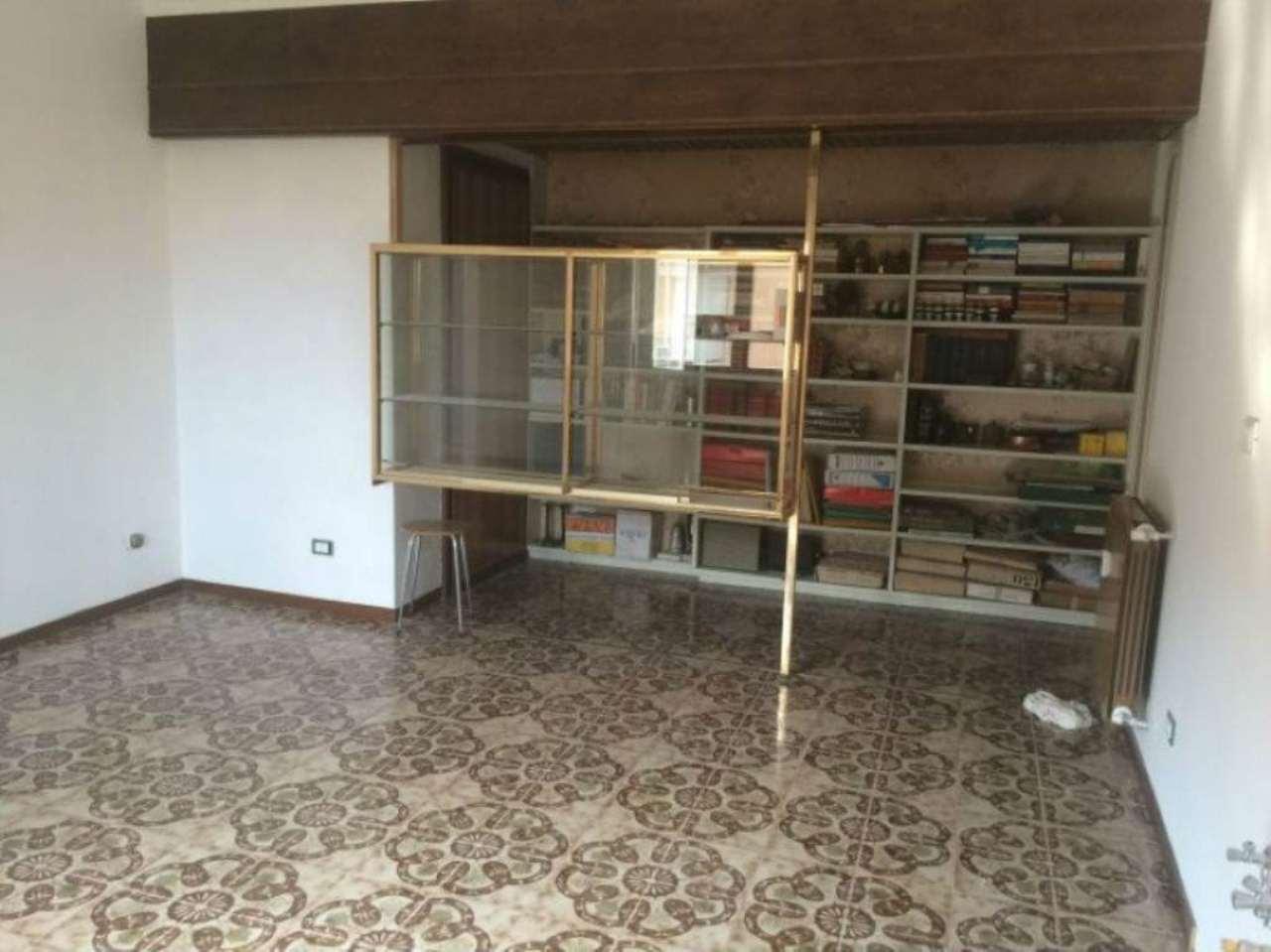 Appartamento in vendita a Gerenzano, 2 locali, prezzo € 80.000   Cambio Casa.it