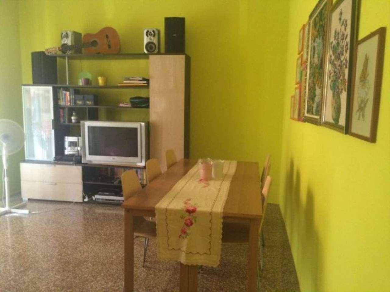 Appartamento in vendita a Origgio, 3 locali, prezzo € 115.000 | Cambio Casa.it
