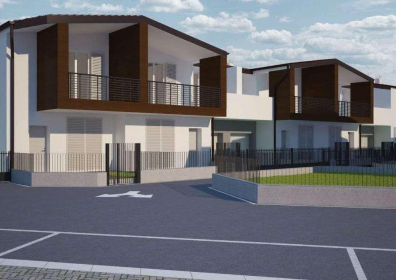 Villa in vendita a Saronno, 4 locali, prezzo € 290.000 | Cambio Casa.it