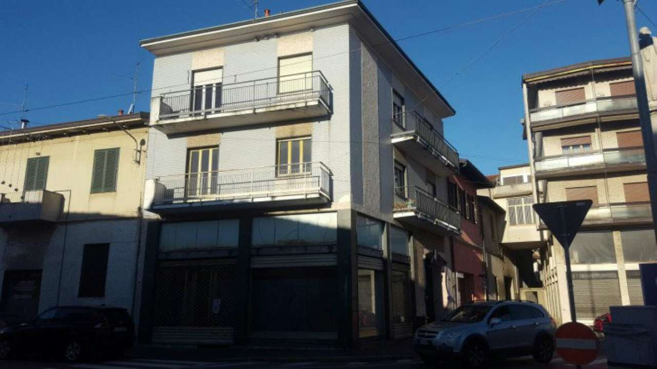 Appartamento in vendita a Uboldo, 3 locali, prezzo € 47.700   Cambio Casa.it