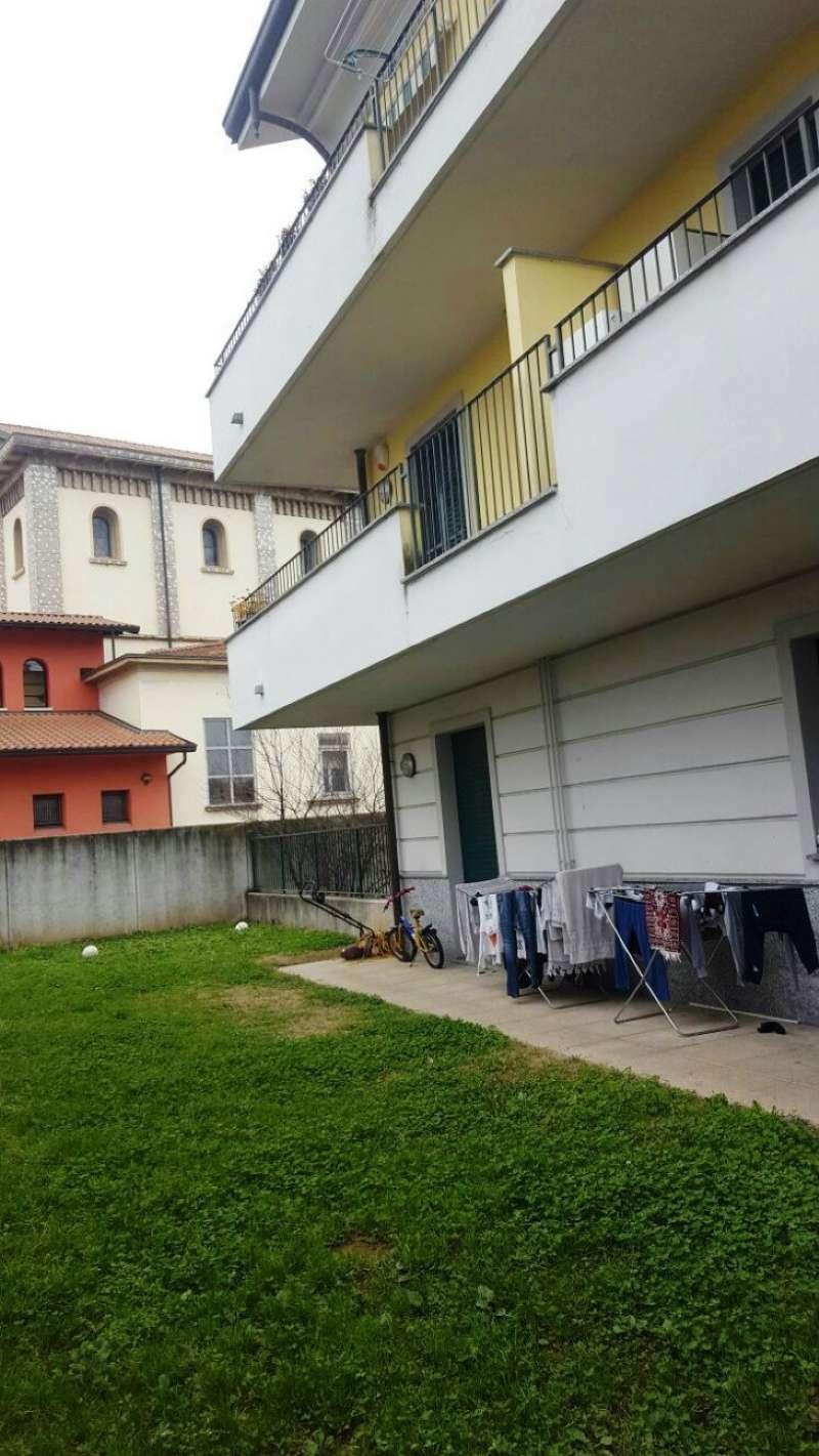 Appartamento in vendita a Uboldo, 4 locali, prezzo € 140.000 | Cambio Casa.it