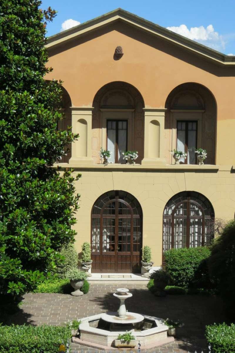 Villa in vendita a Saronno, 8 locali, Trattative riservate   Cambio Casa.it