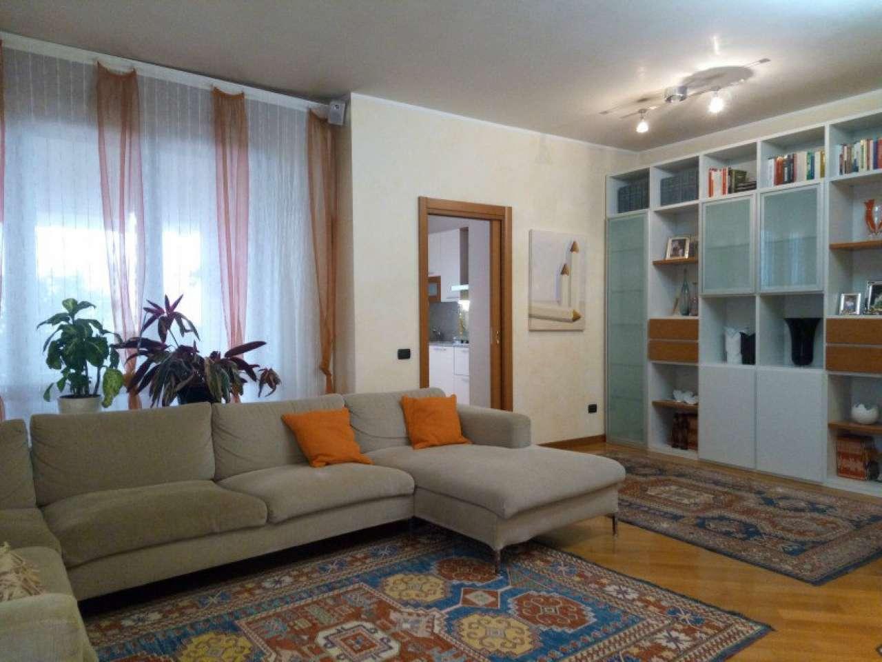 Attico / Mansarda in vendita a Saronno, 3 locali, prezzo € 290.000 | Cambio Casa.it