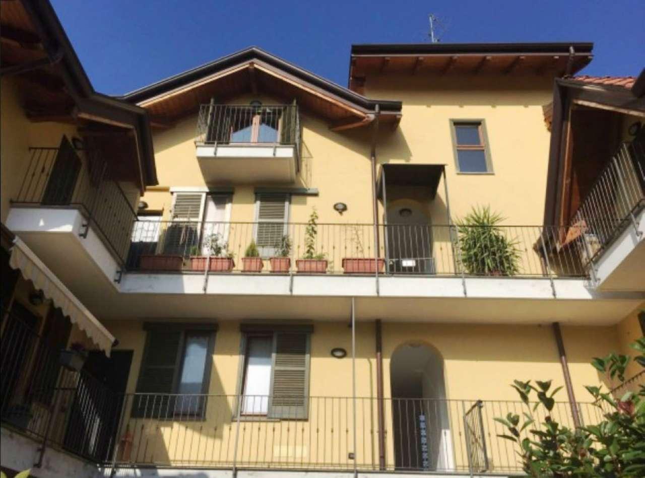 Appartamento in vendita a Origgio, 3 locali, prezzo € 125.000 | Cambio Casa.it