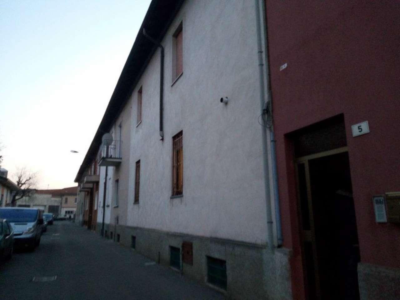 Soluzione Indipendente in vendita a Gerenzano, 4 locali, prezzo € 100.000 | Cambio Casa.it