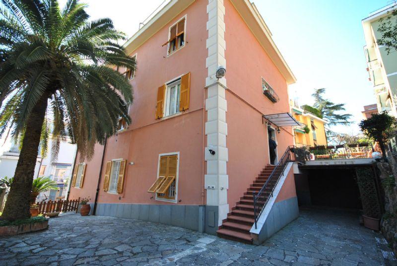 Bilocale Genova Via Monte Corno 6