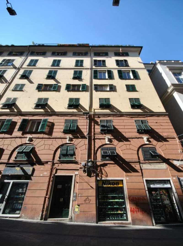 Bilocale Genova Via S. Lorenzo 1