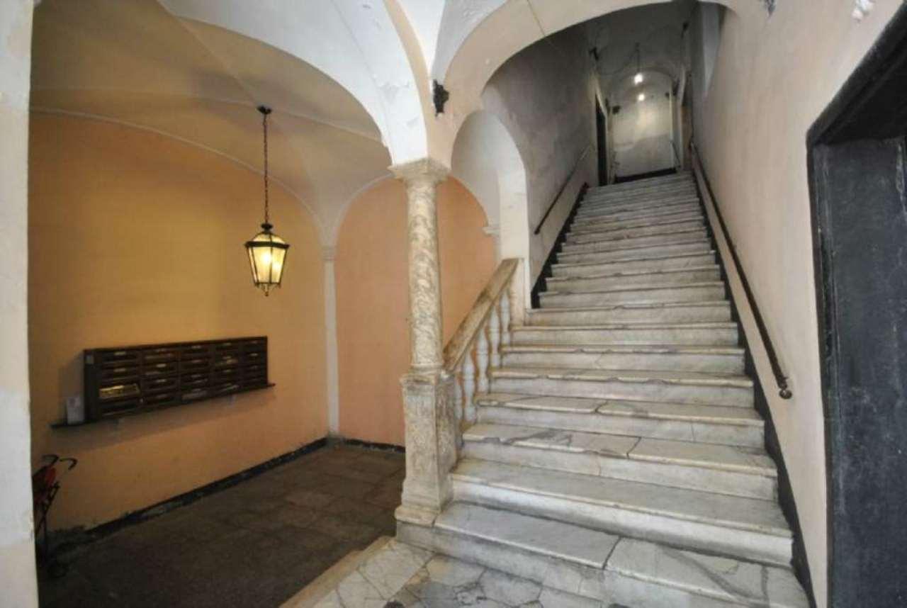 Bilocale Genova Piazza S. Giorgio 2