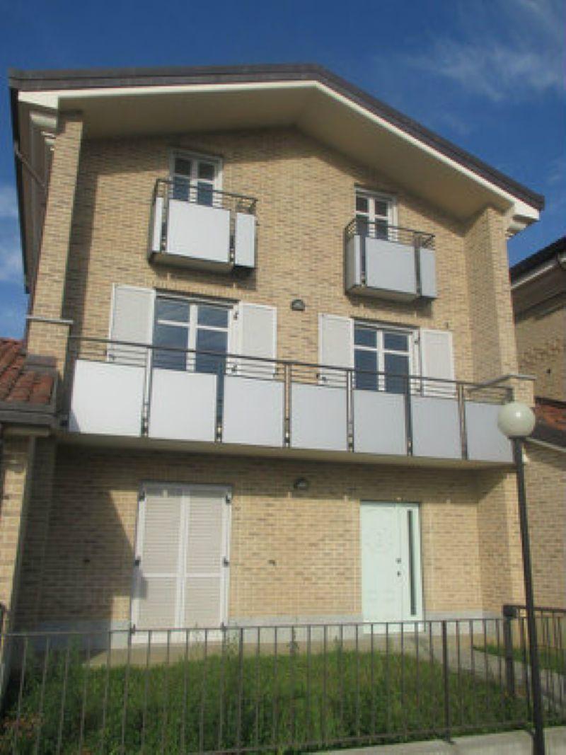 Appartamento in vendita a Rondissone, 4 locali, prezzo € 180.000 | Cambio Casa.it