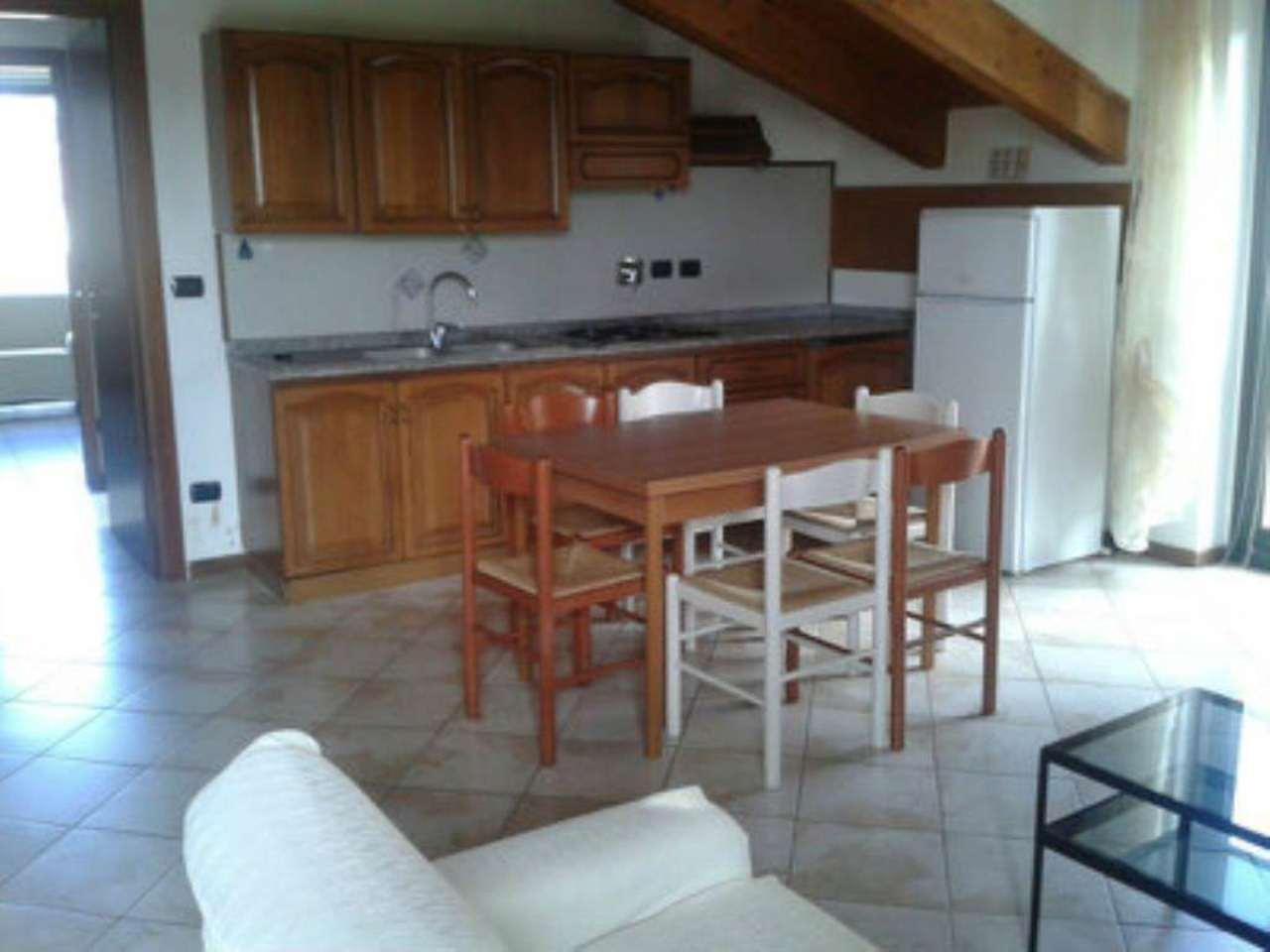 Appartamento in affitto a Chivasso, 2 locali, prezzo € 450 | CambioCasa.it