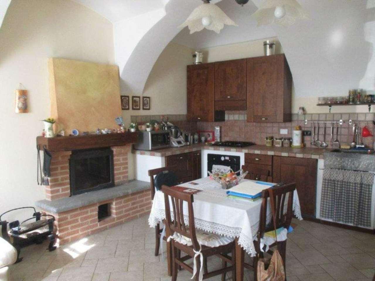 Soluzione Semindipendente in vendita a San Sebastiano da Po, 4 locali, prezzo € 110.000 | Cambio Casa.it