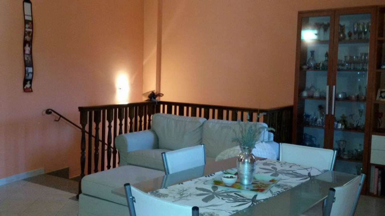 Appartamento in affitto a Chivasso, 4 locali, prezzo € 550 | Cambio Casa.it