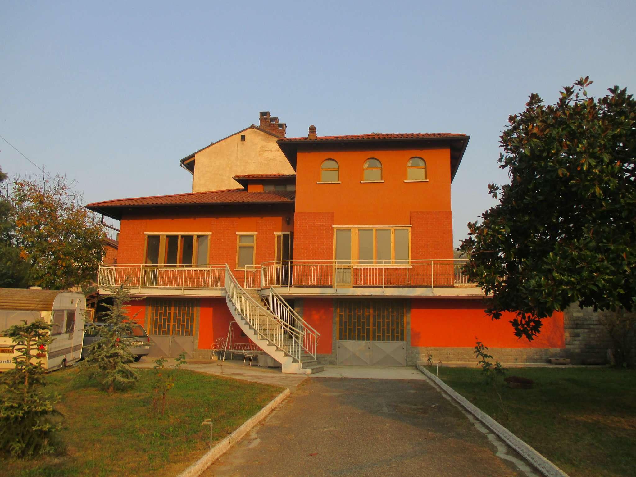 Villa in vendita a San Sebastiano da Po, 9999 locali, prezzo € 280.000 | CambioCasa.it