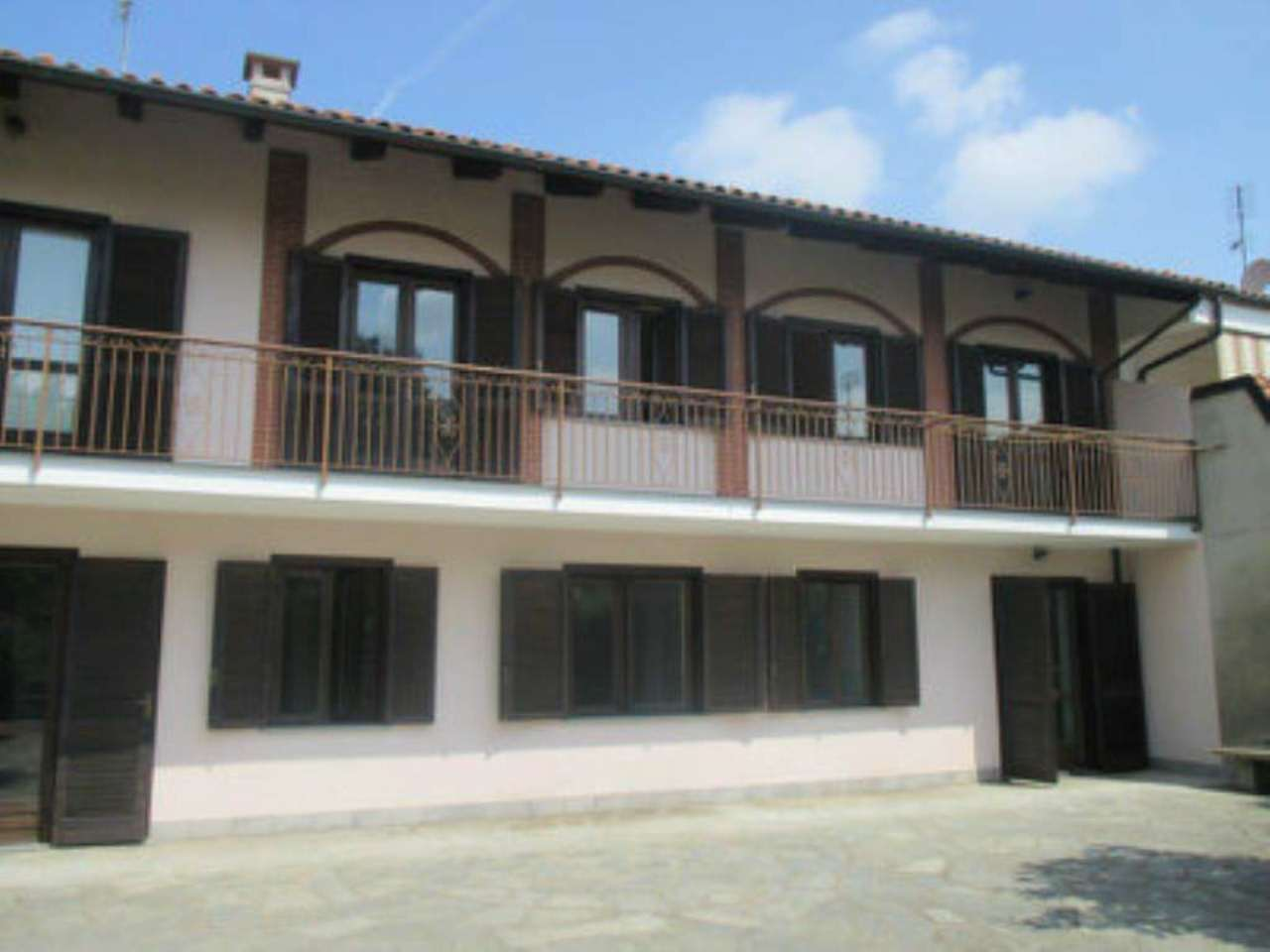Rustico / Casale in vendita a Chivasso, 7 locali, prezzo € 340.000 | Cambio Casa.it