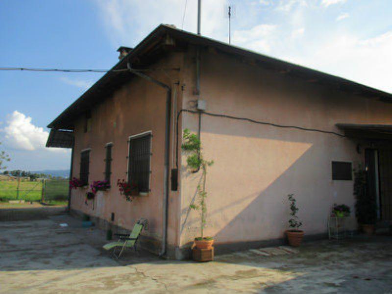 Villa in vendita a Caluso, 4 locali, prezzo € 135.000 | Cambio Casa.it