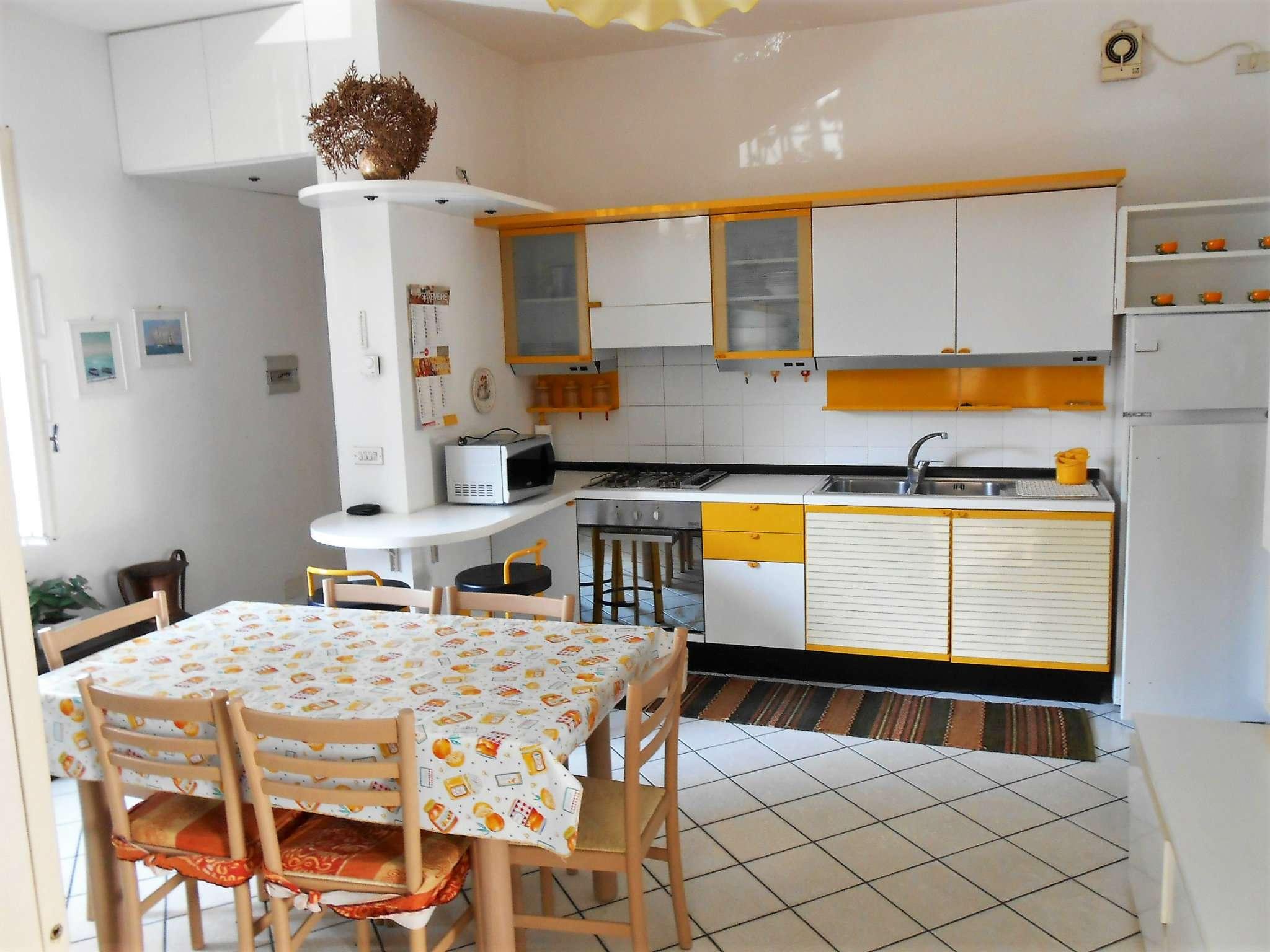 Appartamento in affitto a Diano Marina, 3 locali, prezzo € 550 | CambioCasa.it