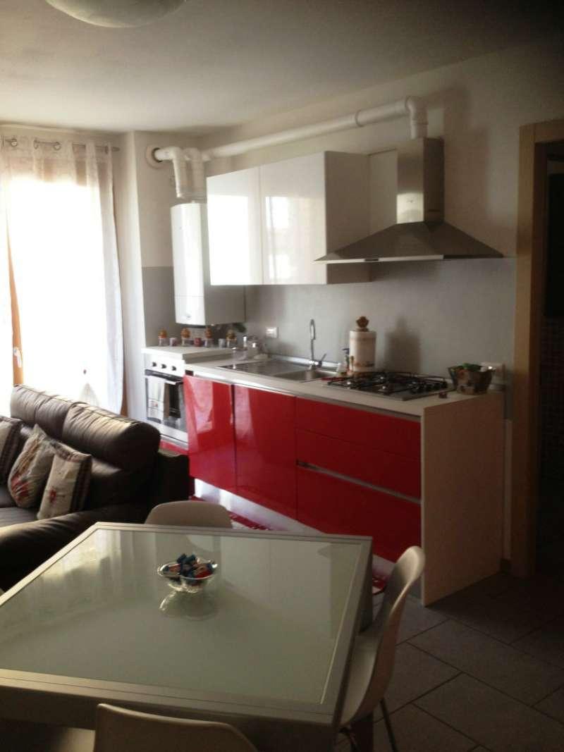 Appartamento in affitto a Edolo, 4 locali, prezzo € 400   CambioCasa.it
