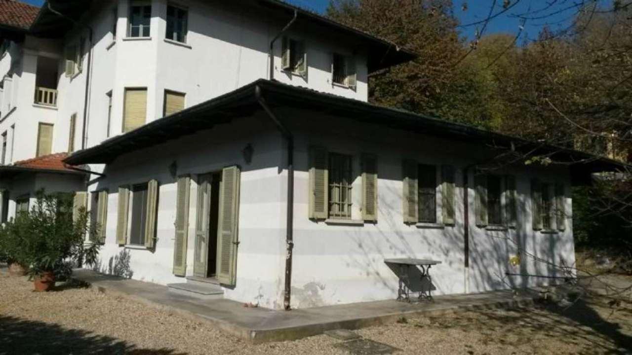 Appartamento in affitto a Moncalieri, 6 locali, prezzo € 1.400 | Cambio Casa.it