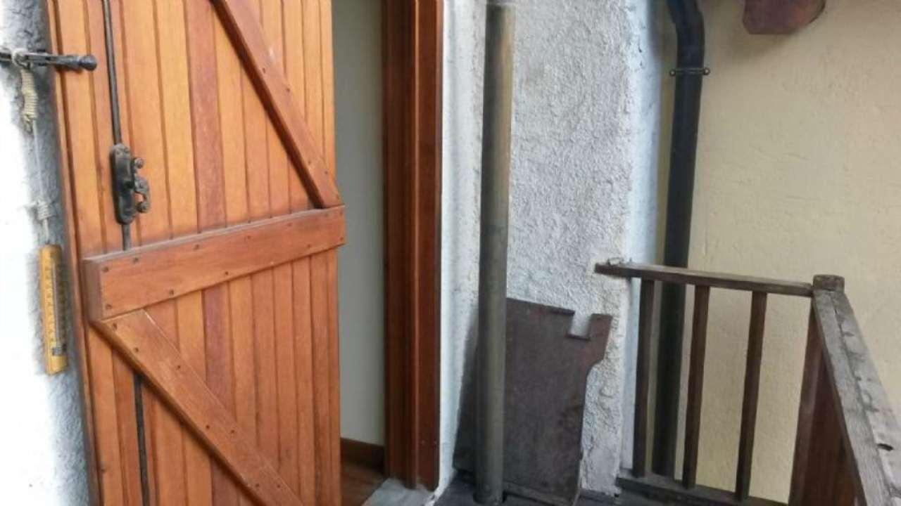 Bilocale Cesana Torinese Strada Frazione Mollieres 10