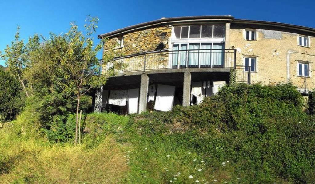 Soluzione Semindipendente in vendita a Varazze, 1 locali, prezzo € 179.000 | Cambio Casa.it
