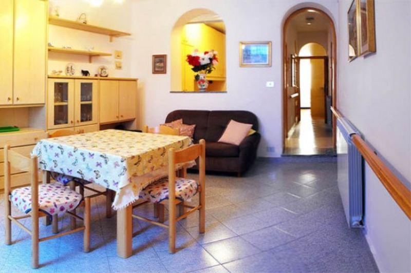 Appartamento in vendita a Varazze, 3 locali, prezzo € 290.000 | Cambio Casa.it