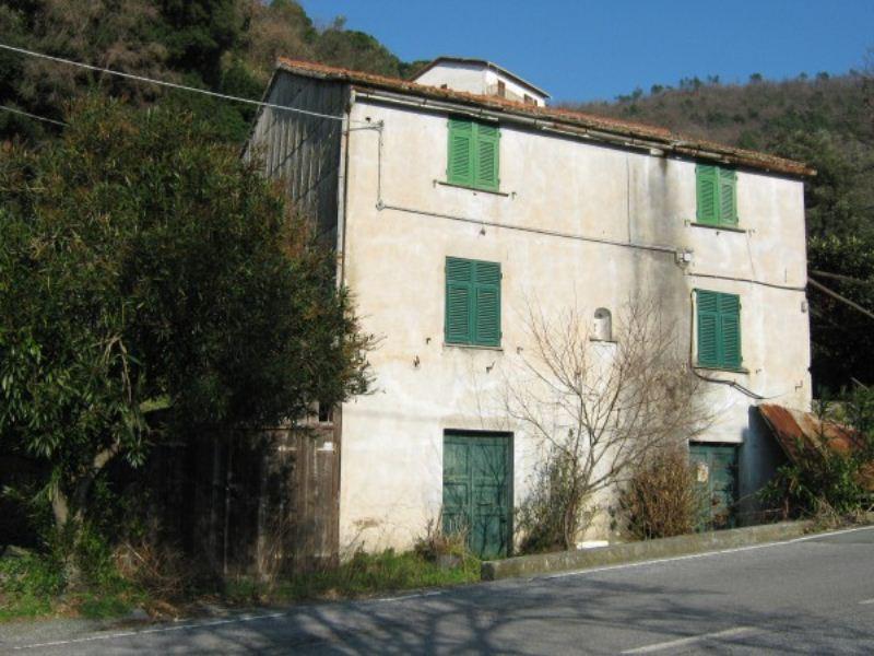 Soluzione Indipendente in vendita a Varazze, 6 locali, prezzo € 230.000 | Cambio Casa.it