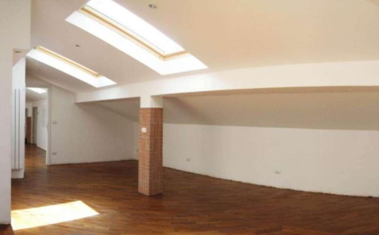 Attico / Mansarda in vendita a Varazze, 4 locali, prezzo € 350.000 | Cambio Casa.it