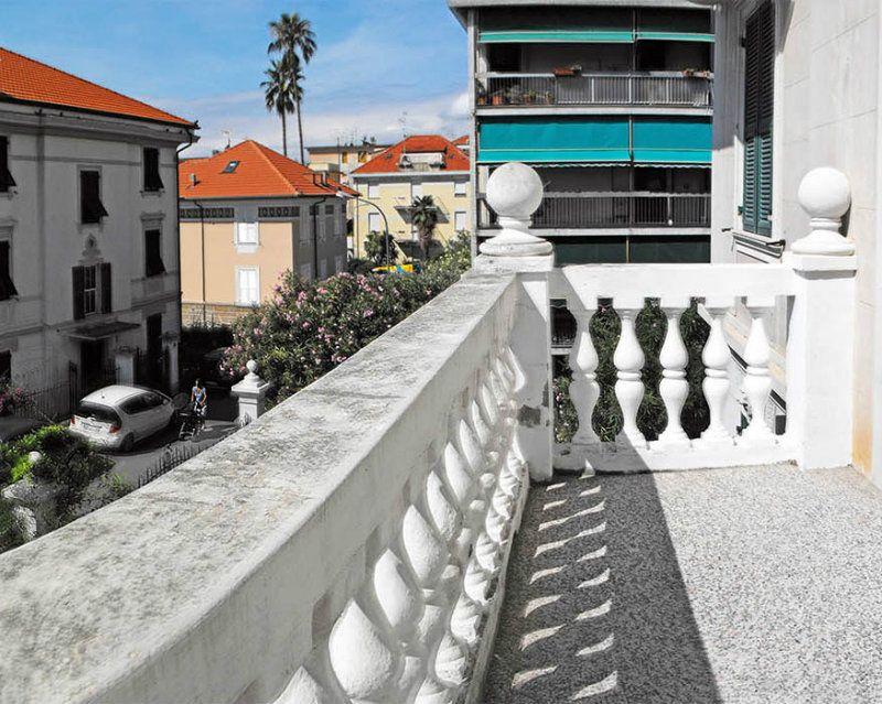Appartamento in vendita a Varazze, 8 locali, Trattative riservate | Cambio Casa.it