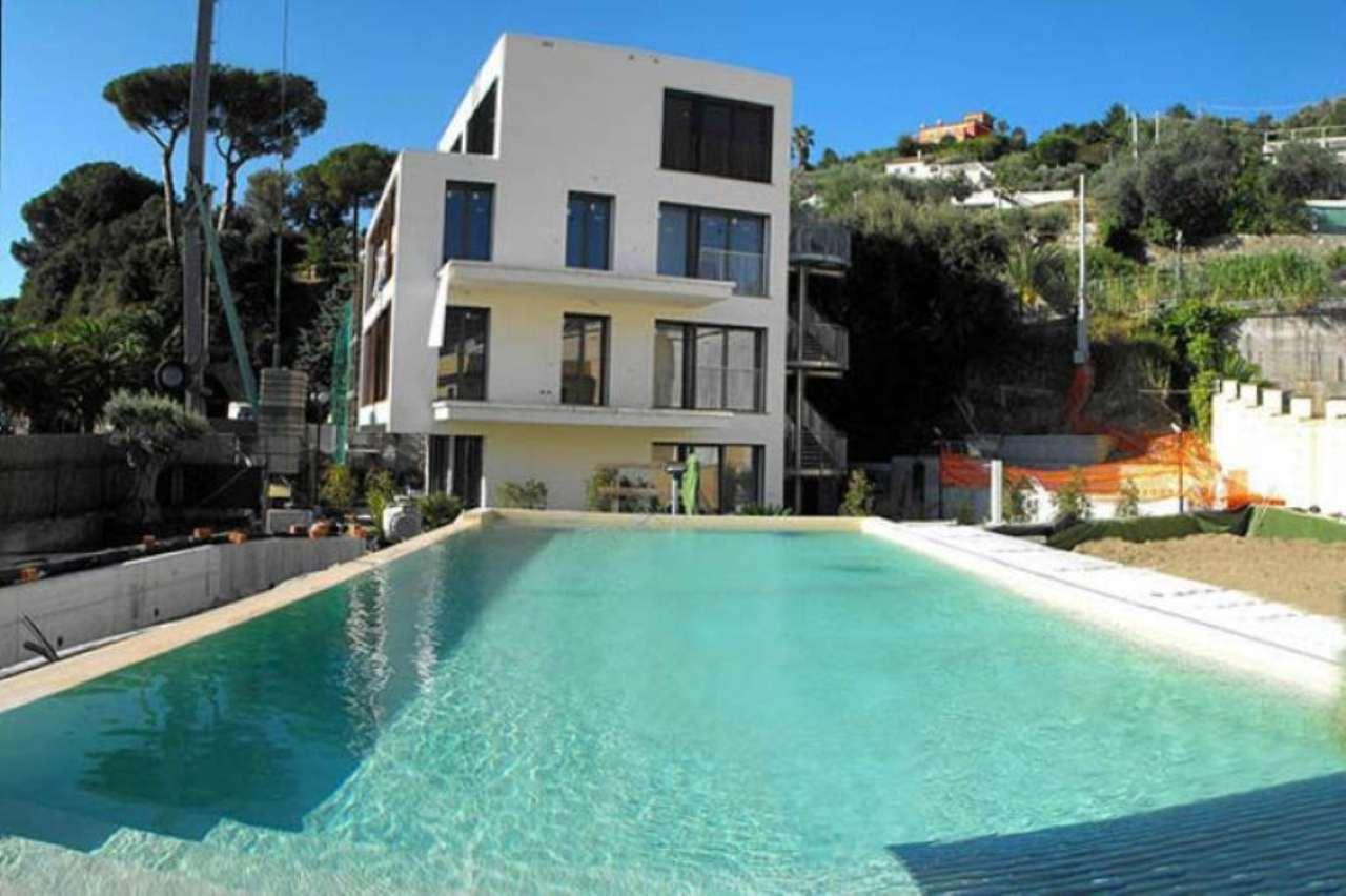 Appartamento in vendita a Varazze, 9999 locali, prezzo € 550.000 | Cambio Casa.it