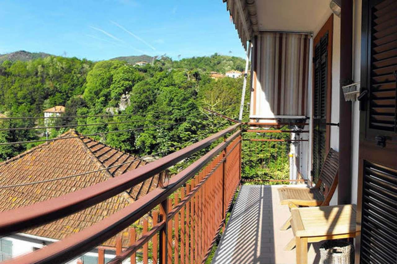 Appartamento in vendita a Varazze, 5 locali, prezzo € 200.000 | Cambio Casa.it