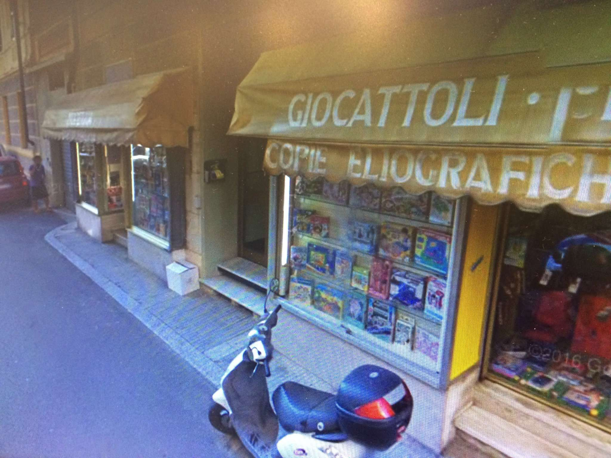 Negozio / Locale in affitto a Varazze, 3 locali, Trattative riservate   CambioCasa.it