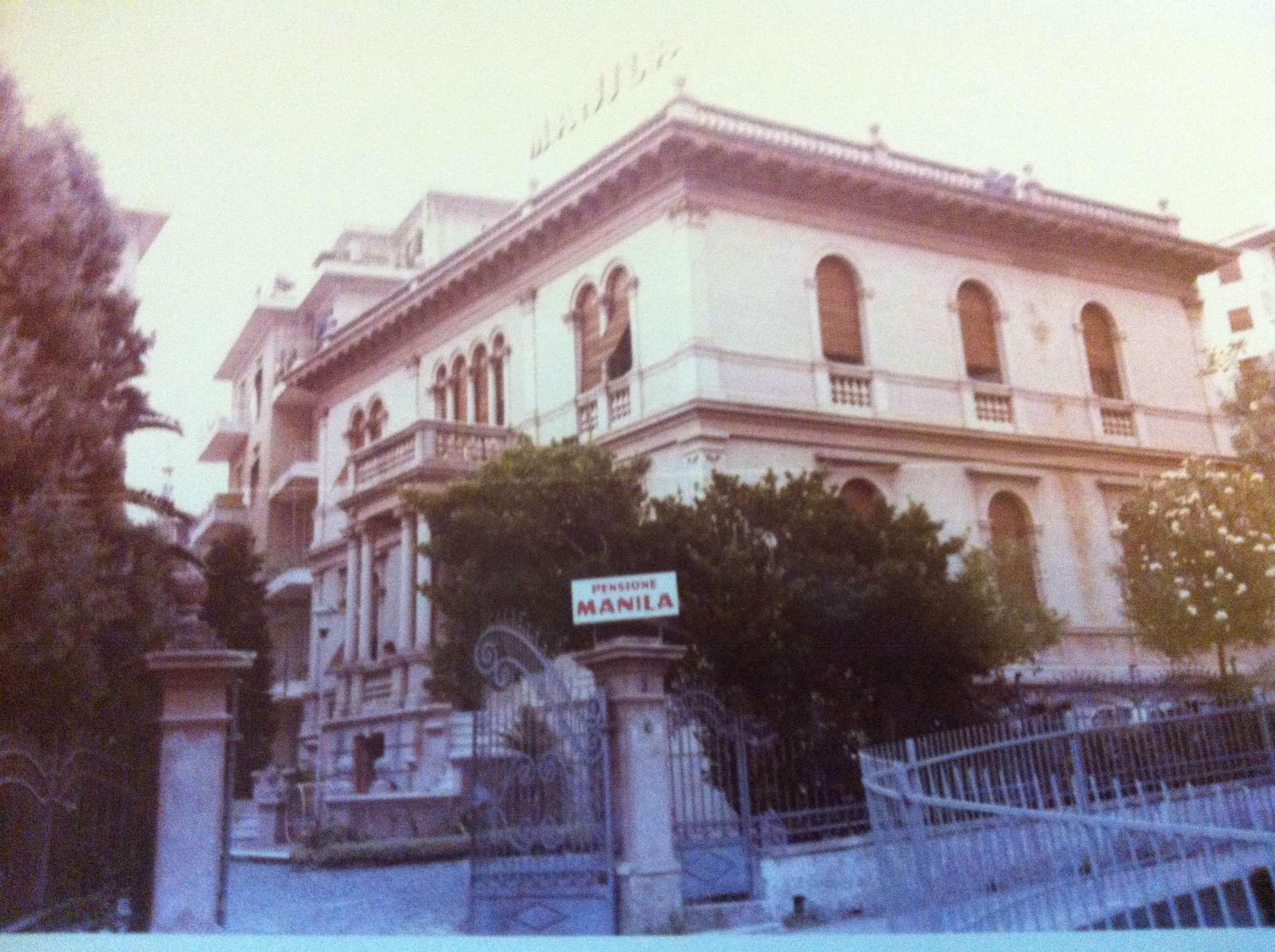 Varazze nonsolocase a varazze casa for Case neoclassiche