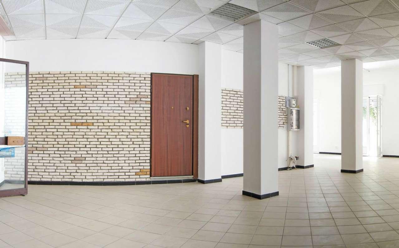 Negozio / Locale in vendita a Varazze, 2 locali, prezzo € 550.000 | CambioCasa.it