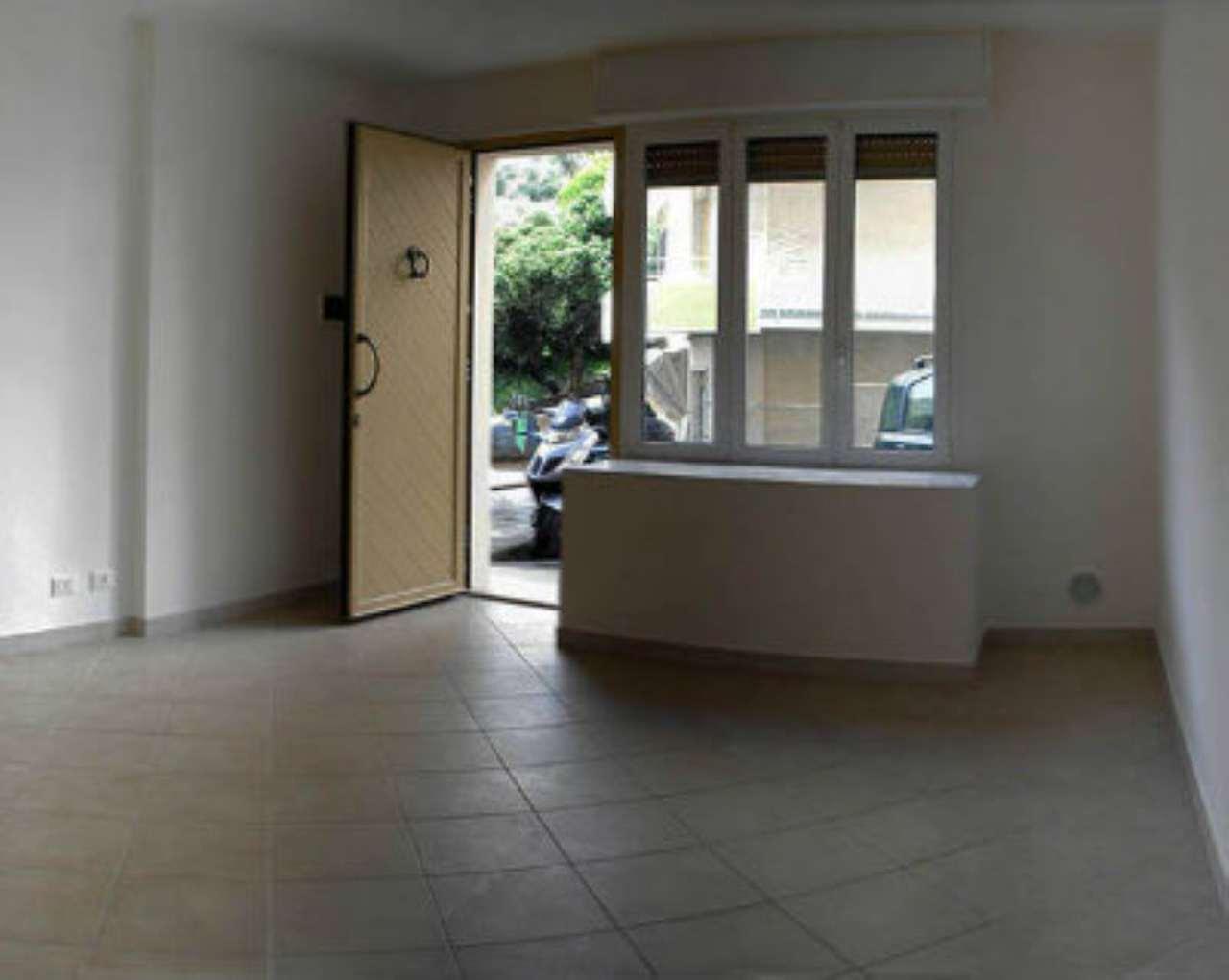 Appartamento in vendita a Varazze, 2 locali, prezzo € 165.000 | CambioCasa.it