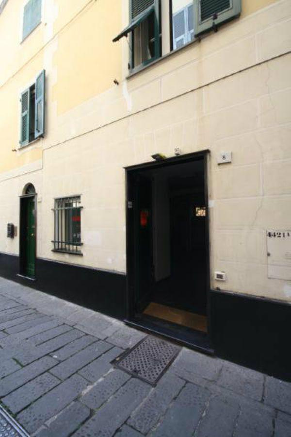 Negozio / Locale in affitto a Chiavari, 2 locali, prezzo € 750 | Cambio Casa.it