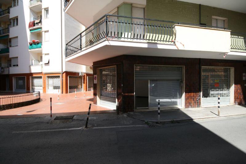 Negozio / Locale in vendita a Chiavari, 2 locali, prezzo € 25.000 | Cambio Casa.it