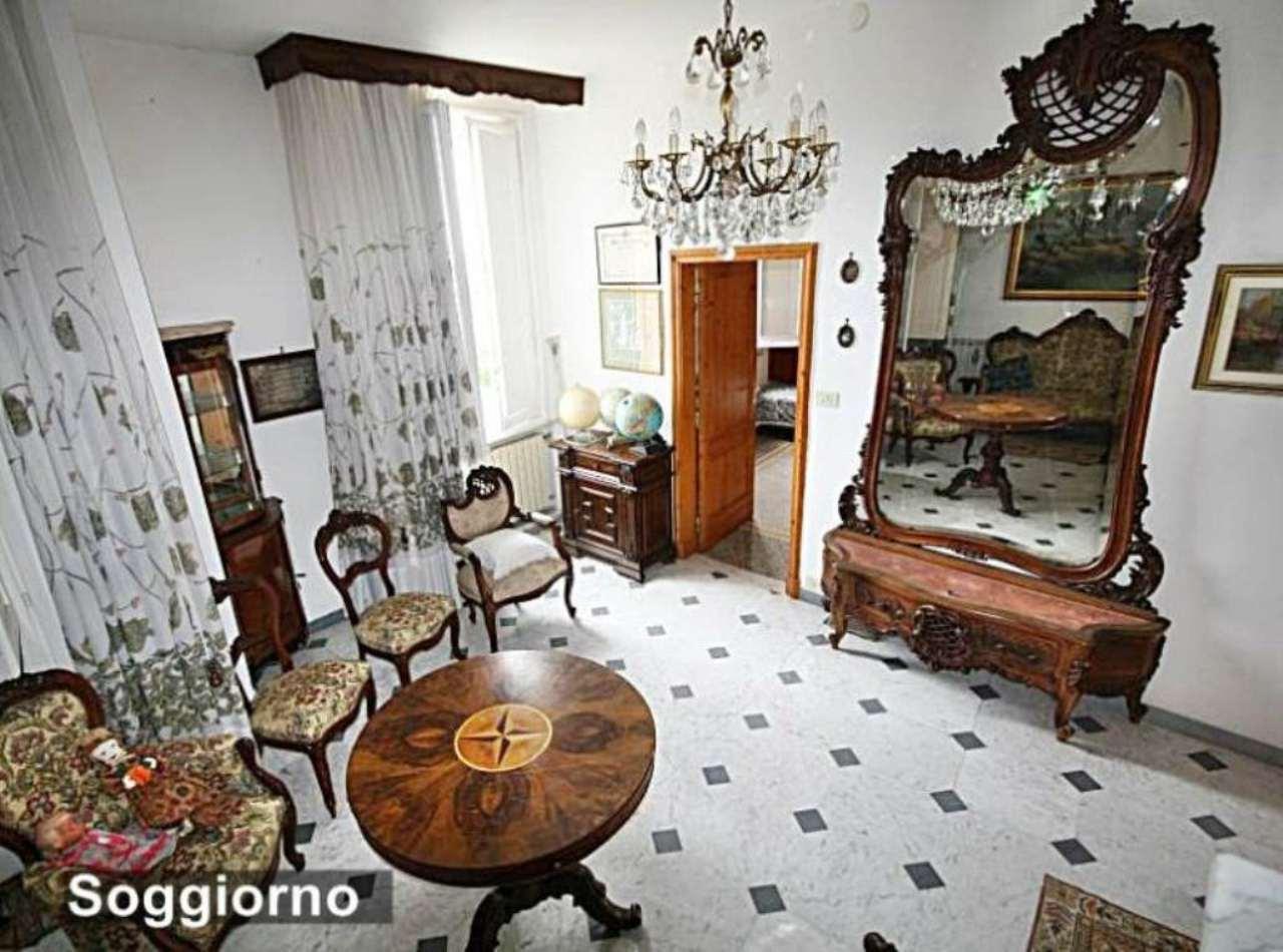 Appartamento in vendita a Castiglione Chiavarese, 9999 locali, prezzo € 280.000 | Cambio Casa.it