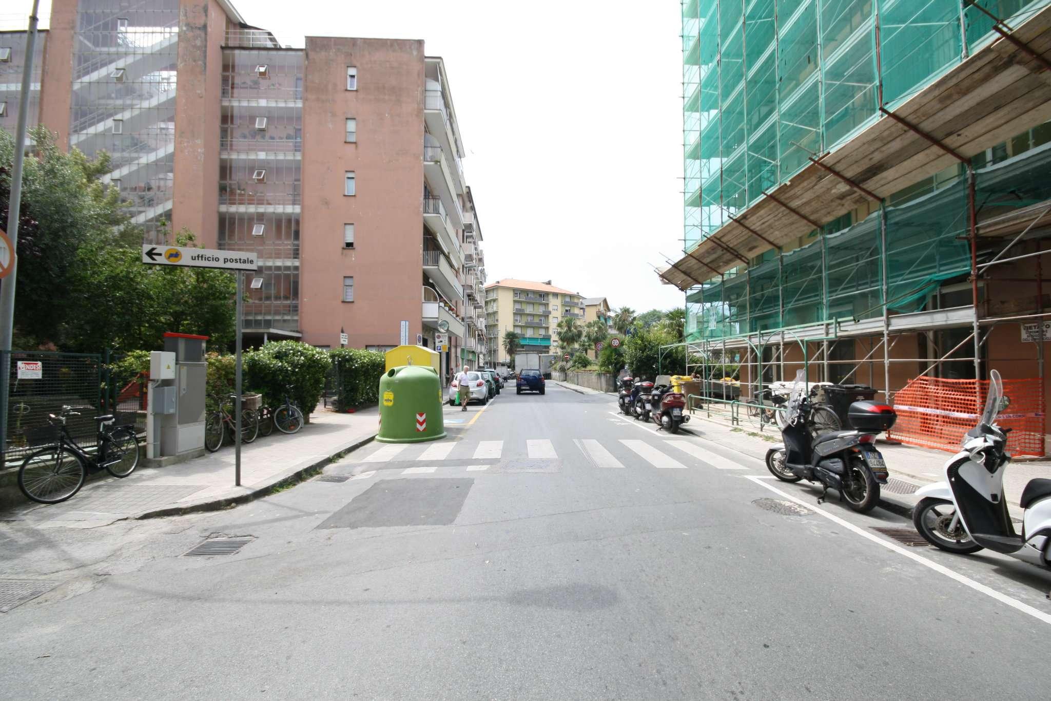 Bilocale Chiavari Via Colonello Franceschi 2