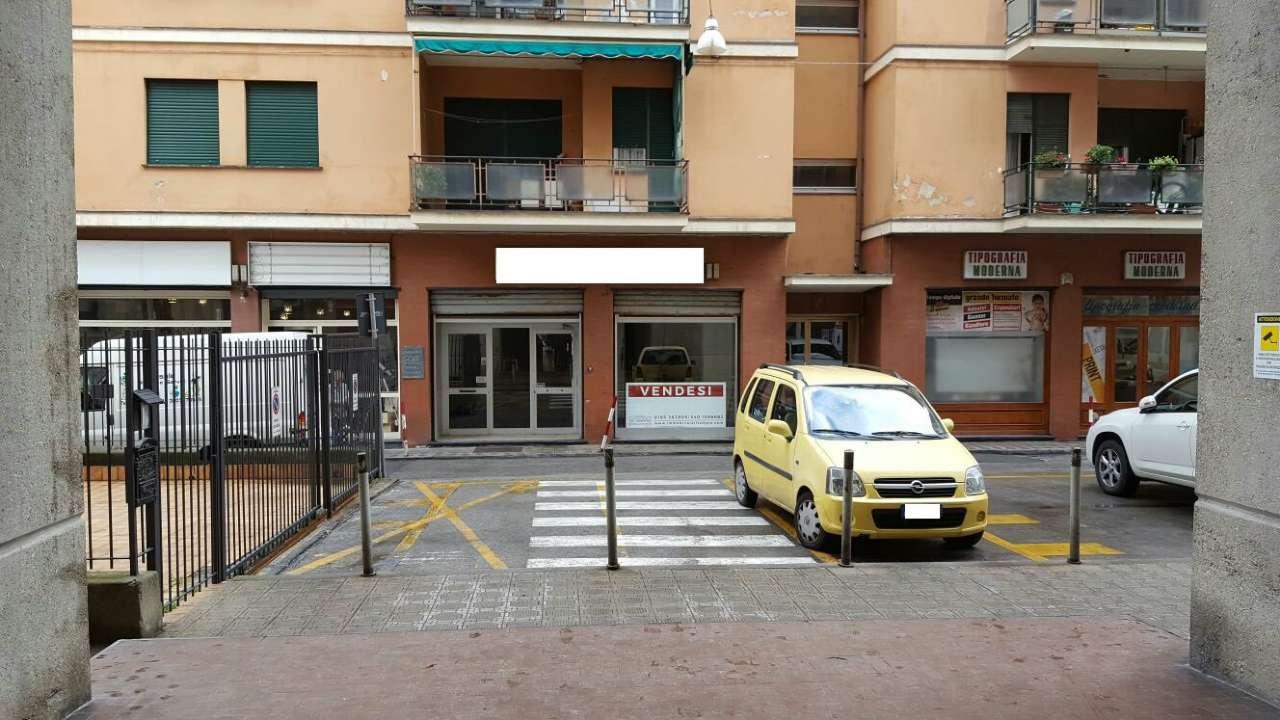 Negozio / Locale in vendita a Chiavari, 9999 locali, prezzo € 540.000 | CambioCasa.it