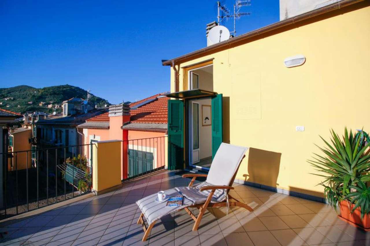 Attico / Mansarda in affitto a Chiavari, 3 locali, prezzo € 750 | Cambio Casa.it