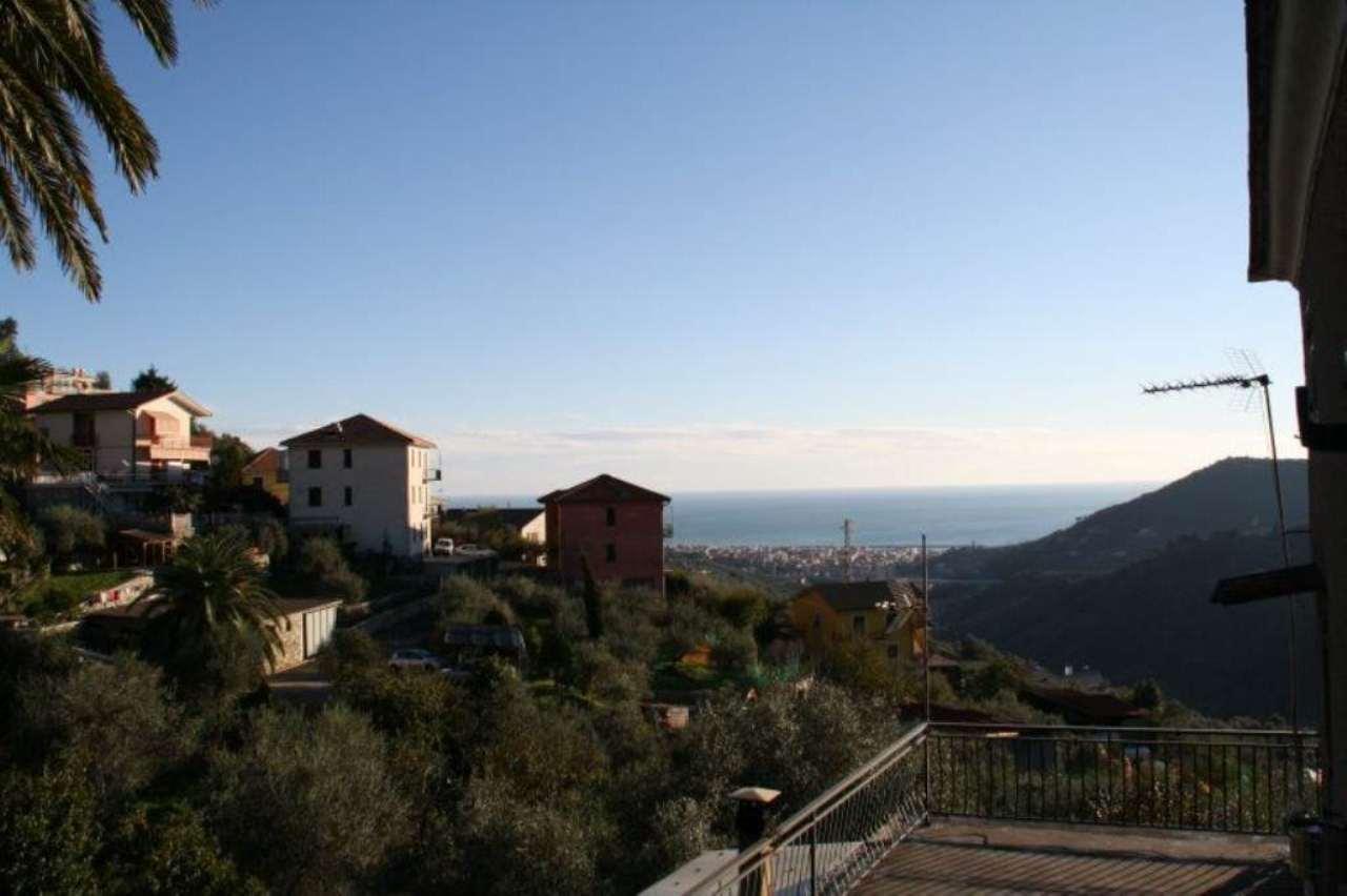 Villa in vendita a Leivi, 7 locali, prezzo € 215.000 | Cambio Casa.it