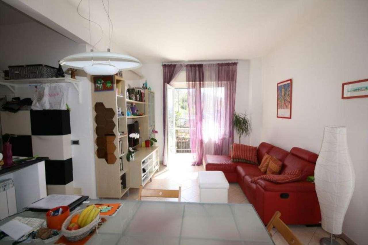 Appartamento in vendita a Leivi, 5 locali, prezzo € 210.000 | Cambio Casa.it