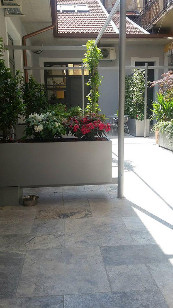 Bilocale Milano Via Lombardini 2