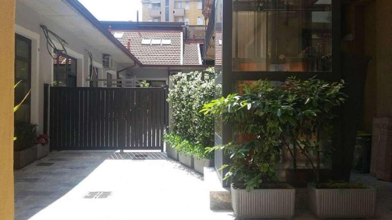 Bilocale Milano Via Lombardini 3