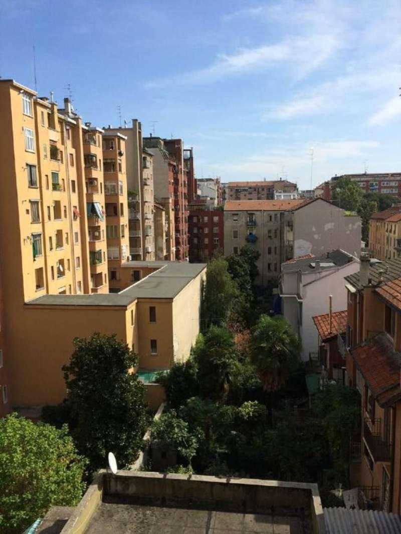 Bilocale Milano Via Garian 11