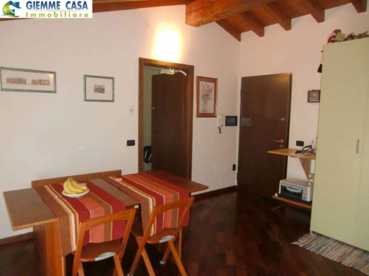 Bilocale Lonato Del Garda Via Montebello 1