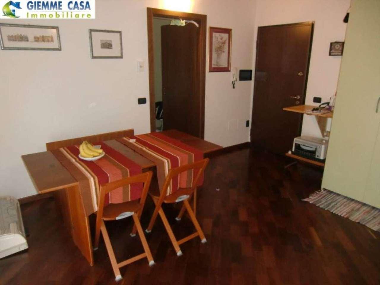 Bilocale Lonato Del Garda Via Montebello 5
