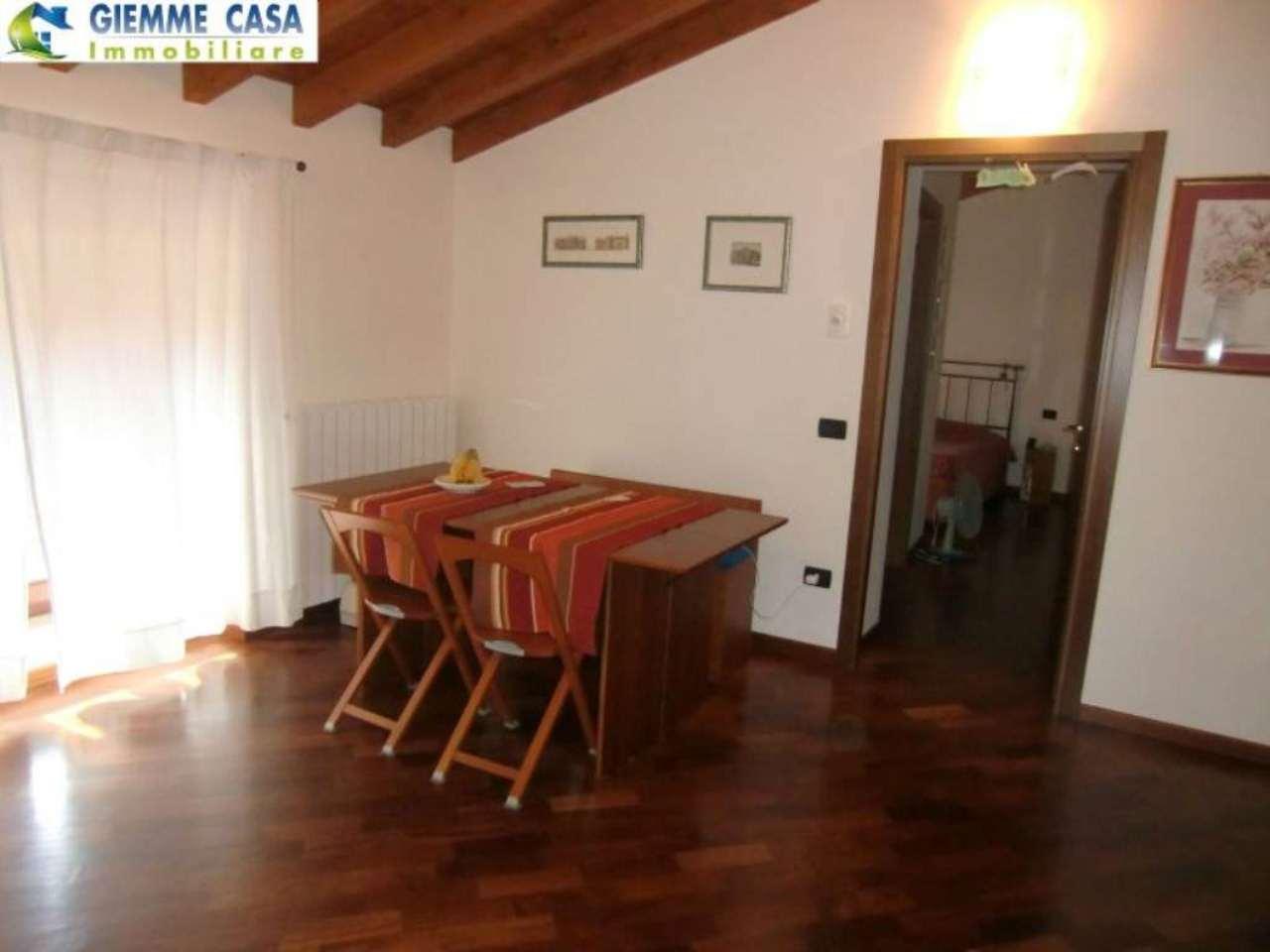 Bilocale Lonato Del Garda Via Montebello 6
