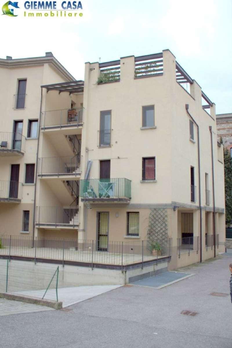 Bilocale Villanuova sul Clisi Piazza Roma 9