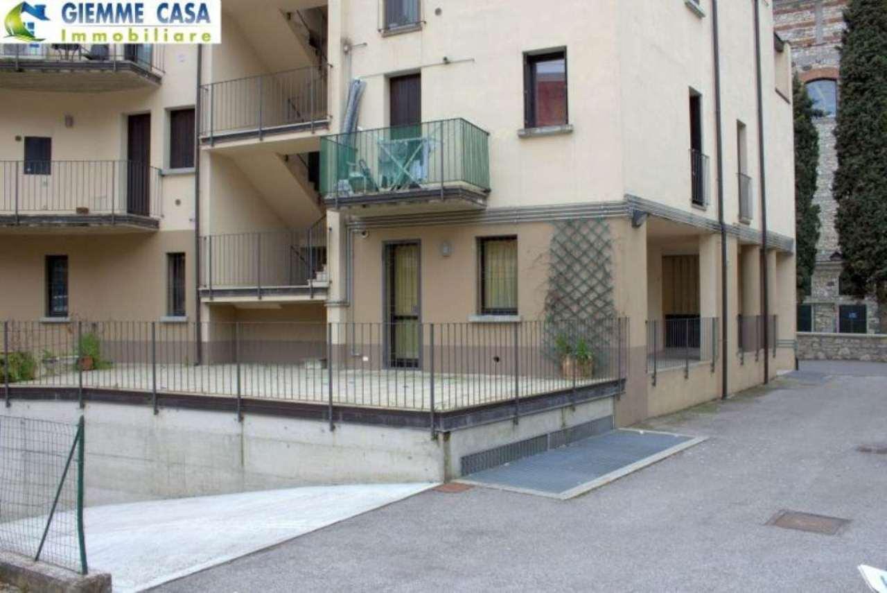 Bilocale Villanuova sul Clisi Piazza Roma 10